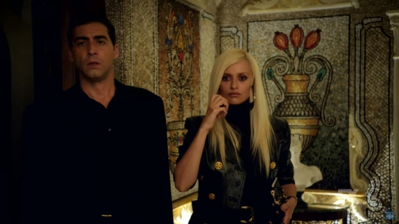 rsz_american_crime_story_assasination_of_gianni_versace_trailer_penelope_cruz