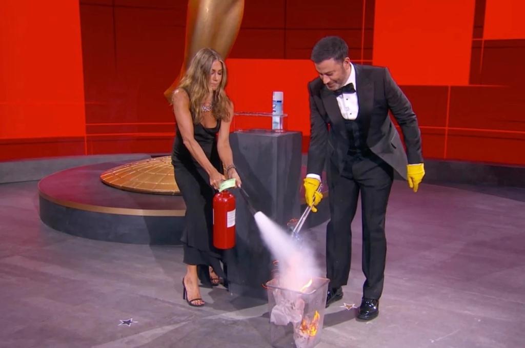 Jennifer Aniston Jimmy Kimmel Emmys